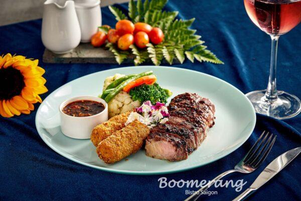 Black pepper crushed beef steak